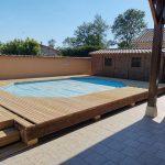 création piscine avec terrasse en bois à Bagé-la-Ville